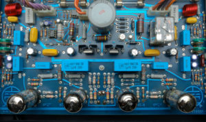 Mos Code Amp -76